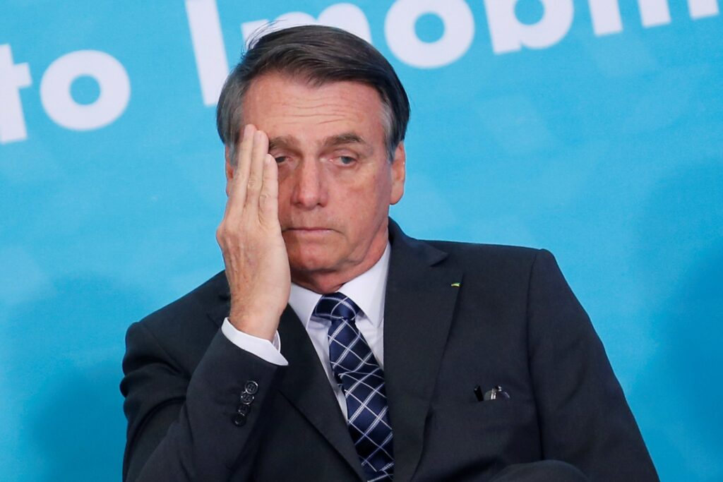 Foto de Jair Bolsonaro triste